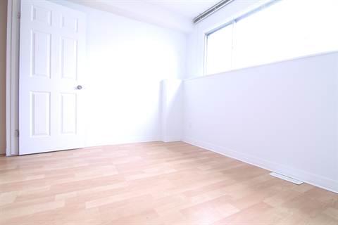 Edmonton North East 1 bedroom Room For Rent