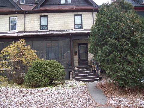 Winnipeg Studio for rent, click for more details...