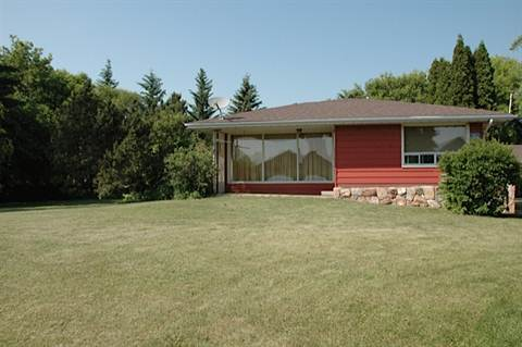 Sturgeon County House for rent, click for more details...