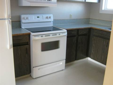 Slave Lake Townhouse for rent, click for more details...