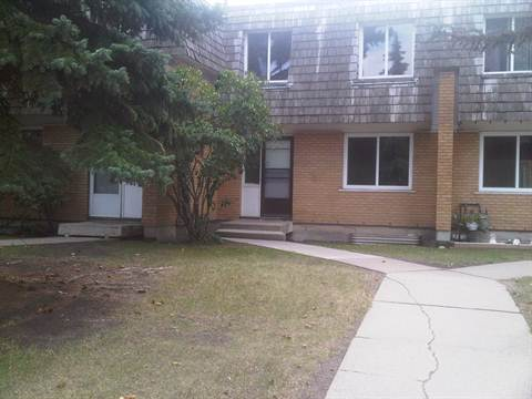 Edmonton Downtown 4 bedroom Townhouse For Rent