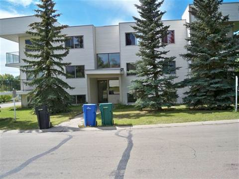Beaverlodge Apartment for rent, click for more details...