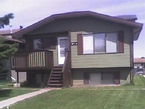 Red Deer 3 bedroom Duplex For Rent