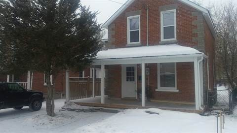Campbellford House for rent, click for more details...