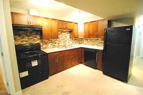 Edmonton West 3 bedroom Basement Suite For Rent