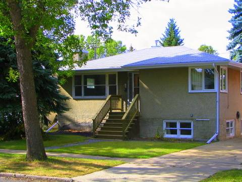 Edmonton Short Term Rental for rent, click for more details...