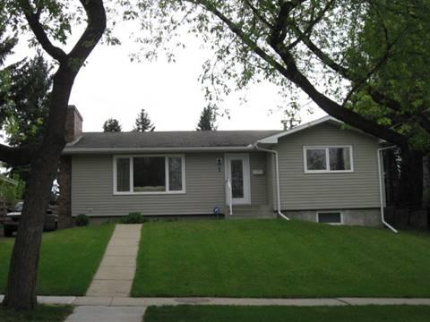 St. Albert Alberta House for rent, click for details...