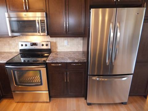 Edmonton Maison. Kitchen Appliances