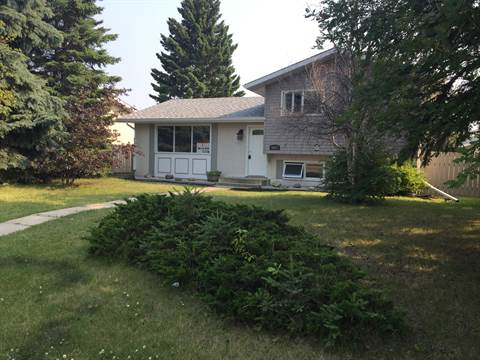 Leduc House for rent, click for more details...