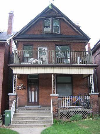 Hamilton Bachelor Suite for rent, click for more details...