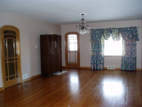 Wetaskiwin Alberta House for rent, click for details...