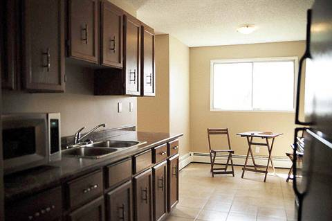Edmonton Suite for rent, click for more details...