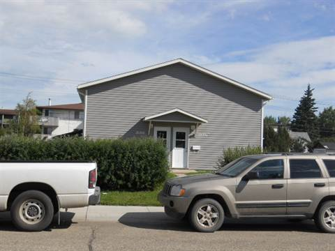 Grande Prairie Alberta Four-Plex for rent, click for details...