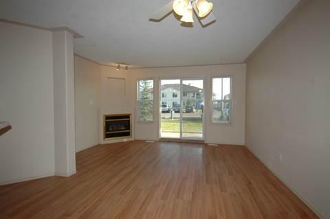 Stony Plain Condominium pour le loyer, cliquer pour plus de détails...