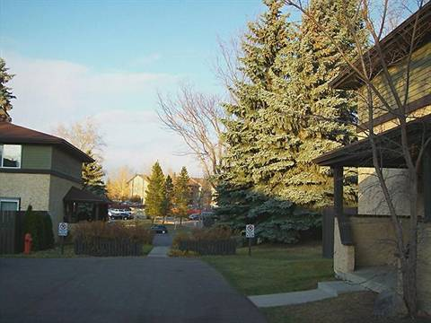 Sherwood Park 3 bedroom Townhouse For Rent