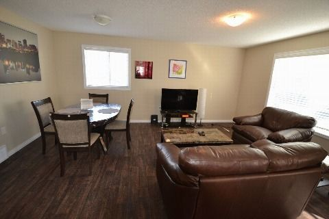 Edmonton North East 3 bedroom Main Floor Only For Rent