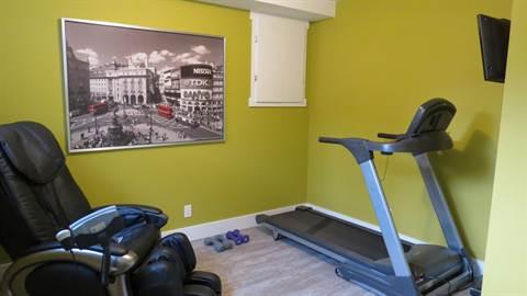 Edmonton House. Break A Sweat!