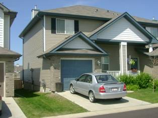 Sherwood Park Duplex for rent, click for more details...