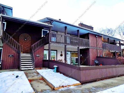 Edmonton Du nord-est 2 chambre à coucher Maison urbaine À louer