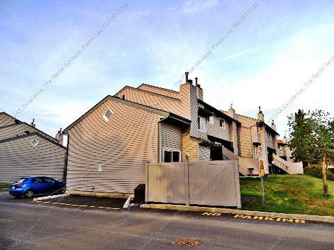 Edmonton Townhouse for rent, click for more details...