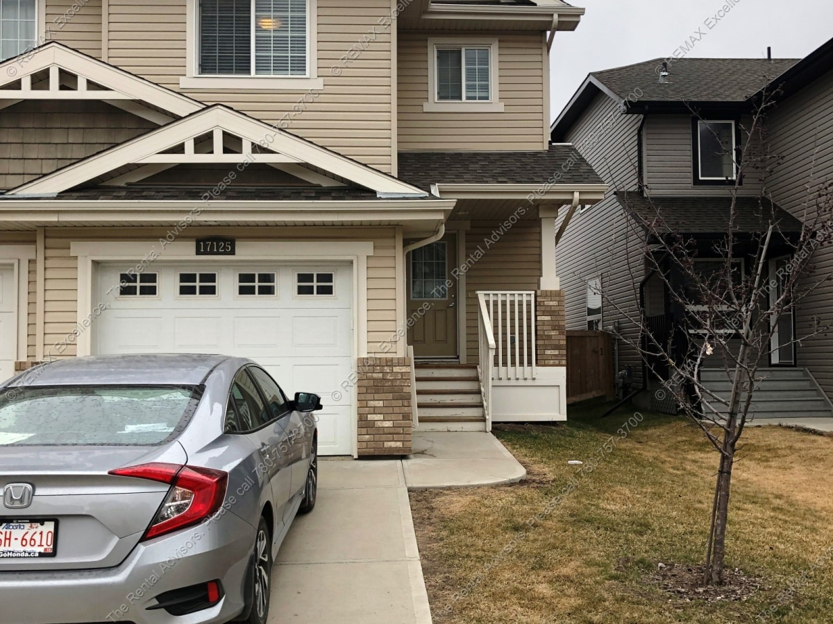 Edmonton Duplex for rent, click for more details...