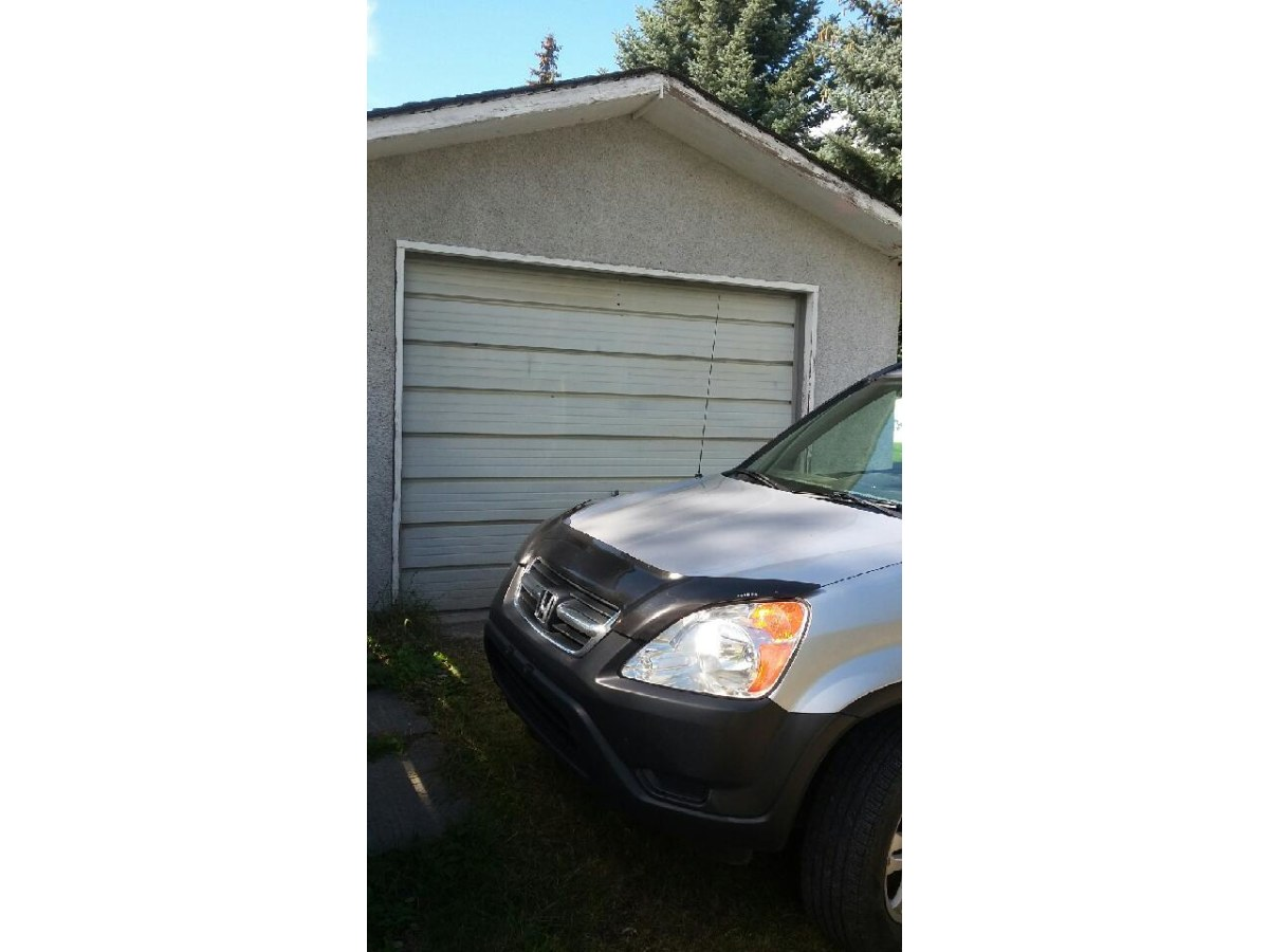 Calgary Garage Space for rent, click for more details...