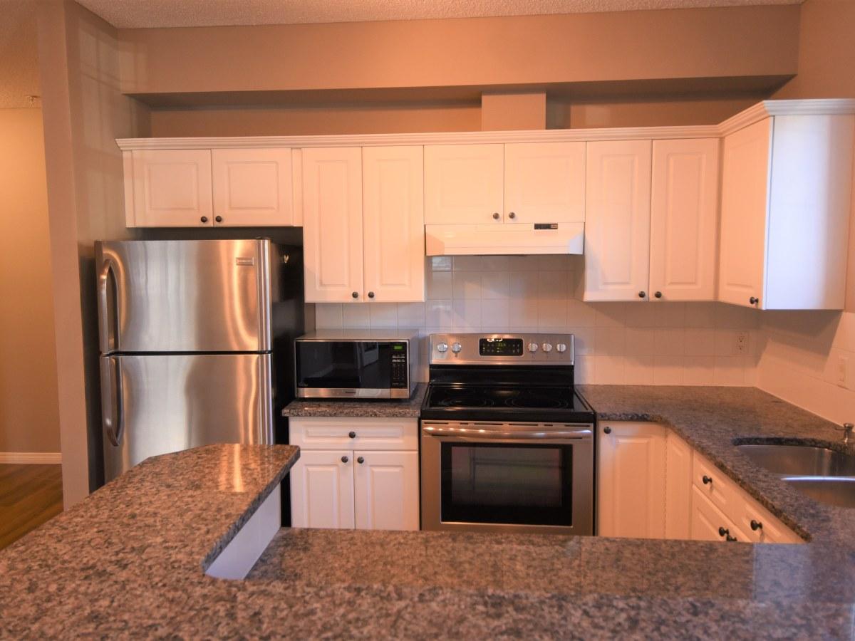 Calgary Condominium for rent, click for more details...