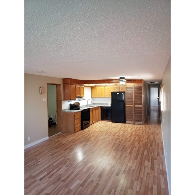 Edmonton Mobile Home/Lot for rent, click for more details...