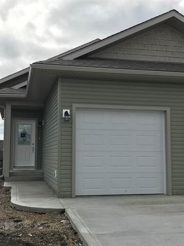Grande Prairie 3 bedroom Duplex For Rent