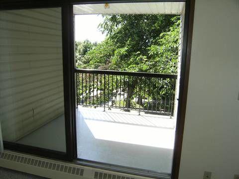 Edmonton Condominium for rent, click for more details...