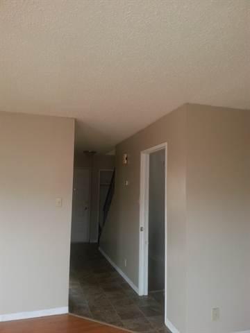 Swan Hills Maison urbaine. Hallway
