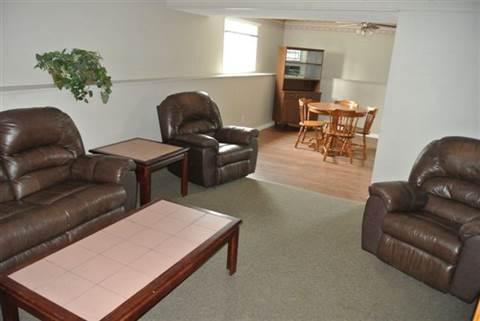 Edmonton Alberta Suite for rent, click for details...