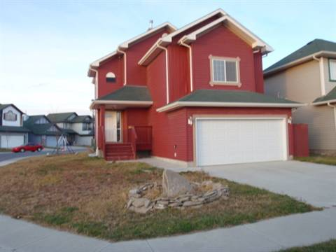 Airdrie House for rent, click for more details...