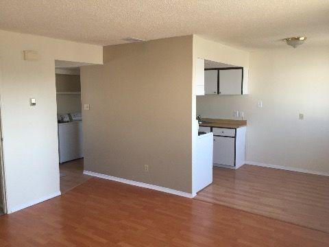 Edmonton North West 3 bedroom Condominium For Rent