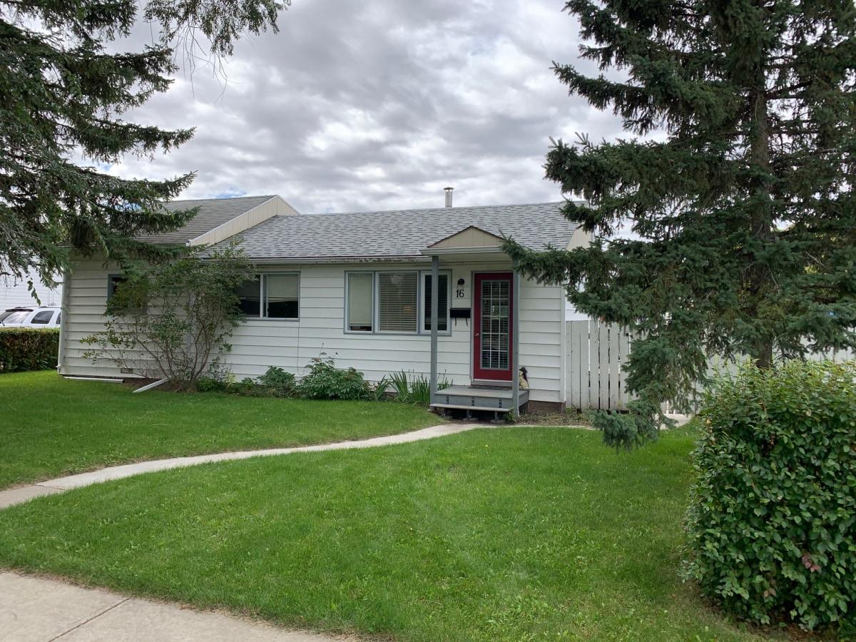 Devon Alberta House For Rent