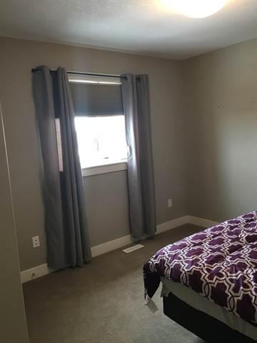 Fort Saskatchewan 1 bedroom Room