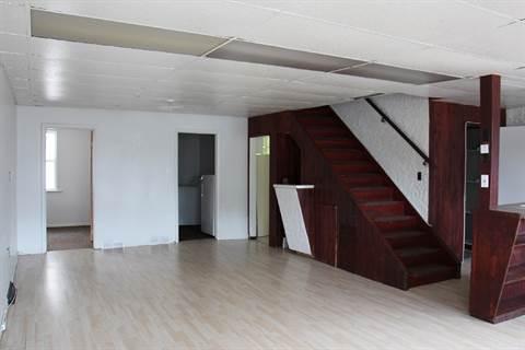 Winnipeg Triplex for rent, click for more details...