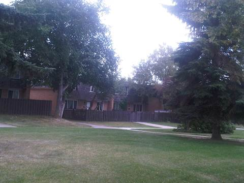 Edmonton South East 2 bedroom Townhouse For Rent