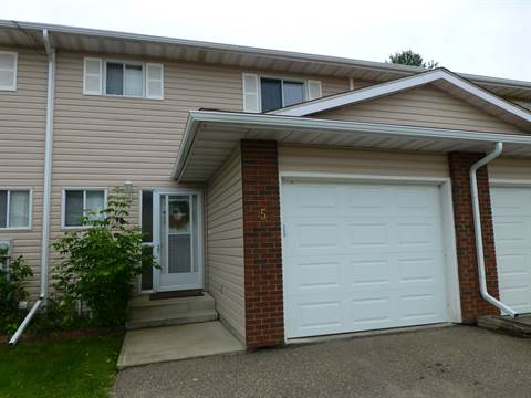 Cold Lake 3 bedroom Townhouse