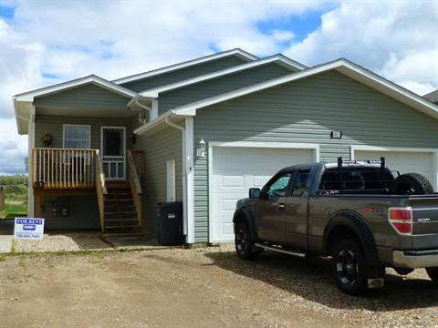 Cold Lake Alberta Main Floor Only For Rent