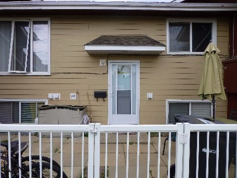 Cold Lake Six-Plex for rent, click for more details...