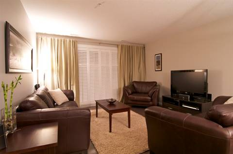 Sherwood Park Flat for rent, click for more details...