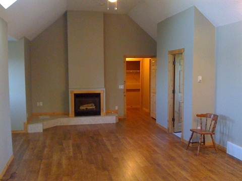 Calgary Loft for rent, click for more details...
