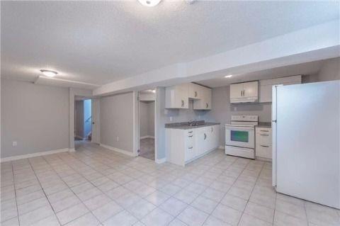 Barrie Appartement en sous-sol pour le loyer, cliquer pour plus de détails...