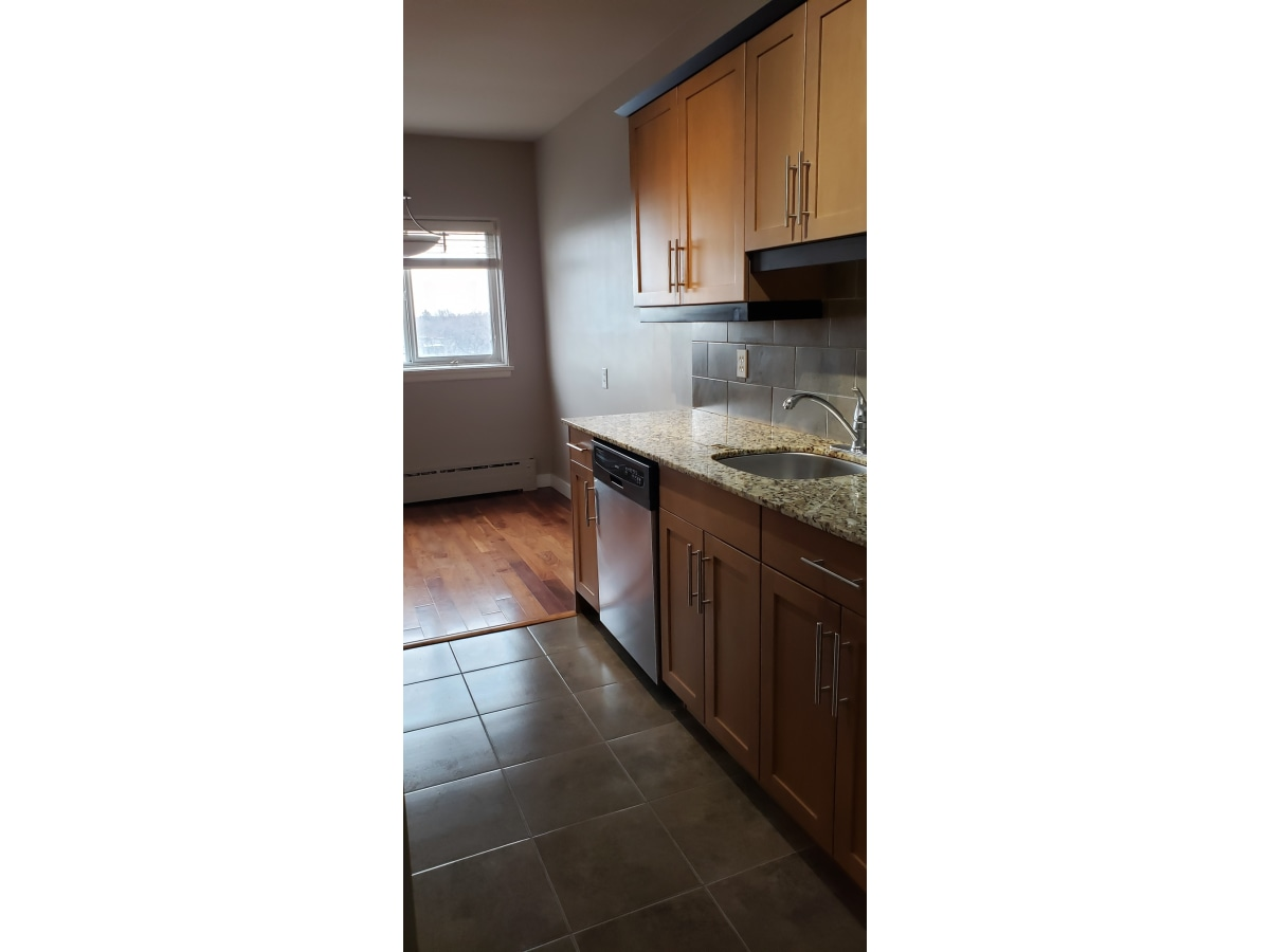 Winnipeg Condominium for rent, click for more details...