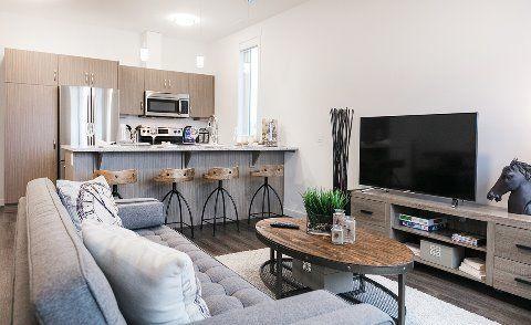 Edmonton Du Sud-ouest 2 chambre à coucher Maison urbaine À louer