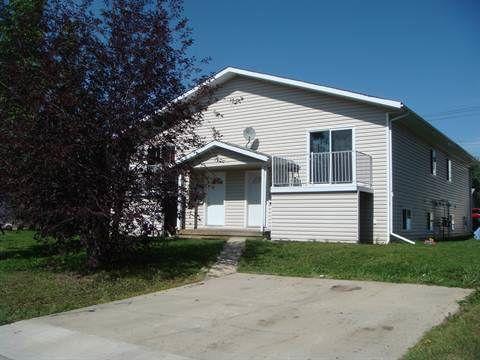 Grande Prairie Four-Plex pour le loyer, cliquer pour plus de détails...