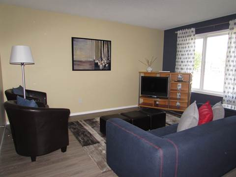 Lethbridge Room for rent, click for more details...