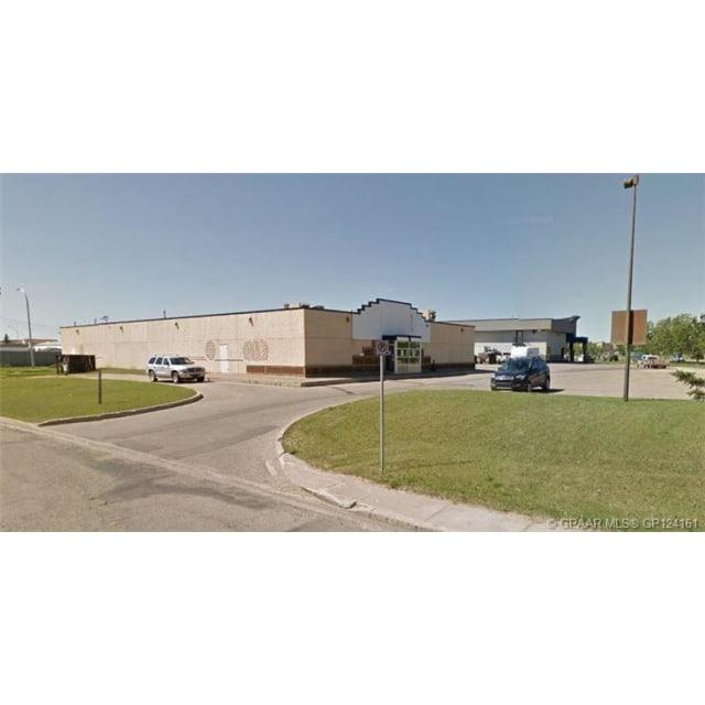 Grande Prairie Propriété commerciale pour le loyer, cliquer pour plus de détails...