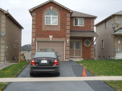 Barrie House for rent, click for more details...